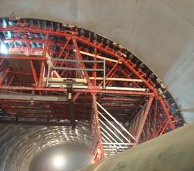 Túnel en mina, Pesaro, Italia