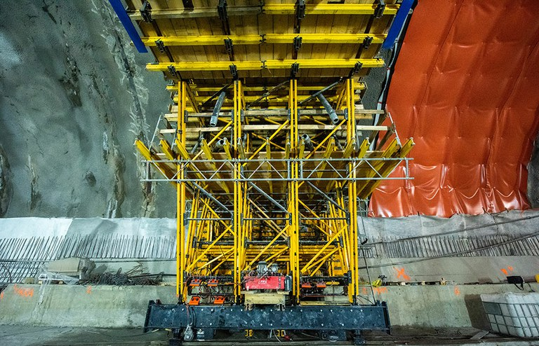 La construcción del túnel de carretera más largo de Polonia con el carro de cimbra MK